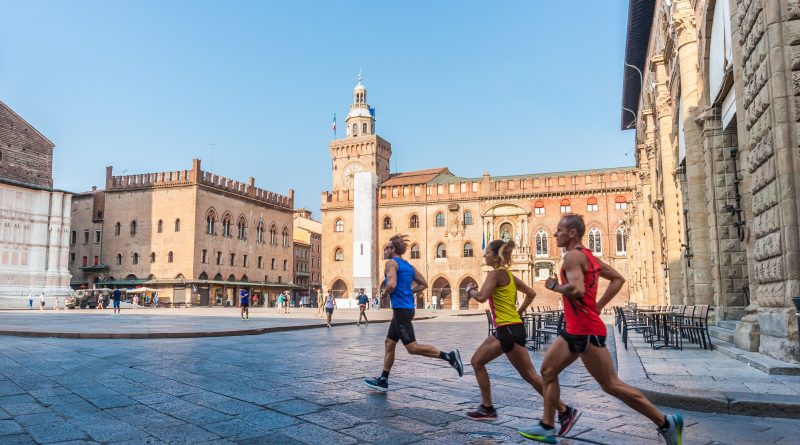 Tra quattro giorni la Maratona di Bologna con quasi 4000 podisti